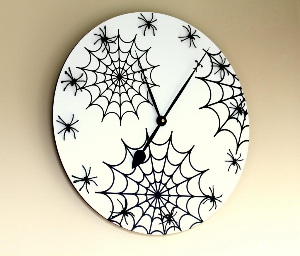 Spider Halloween Clock