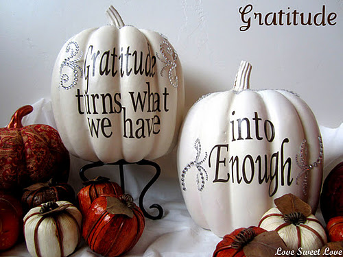 DIY Thanksgiving Decoration Tutorials