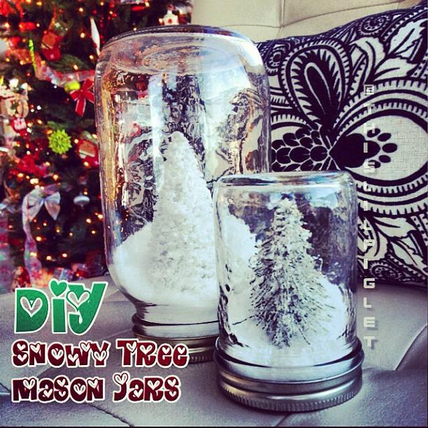 #DIY Snowy Tree Mason Jars #Tutorial