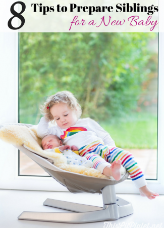 8 Tips to Prepare Siblings for New Baby // thislilpiglet.net