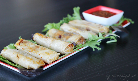Ginger Pork Spring Rolls by thislilpiglet.net #HolidayAppetizers