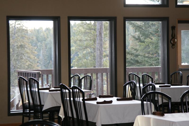 The Resort at Cypress Hills Ivans Restaurant