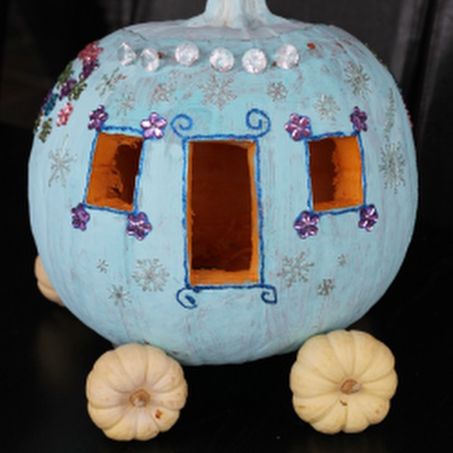 Saw this idea from my SIL and knew Lil' C would love her own princess carriage to bedazzle. So easy & fun! On the blog today #halloween #disney #cinderella #pumpkincarving