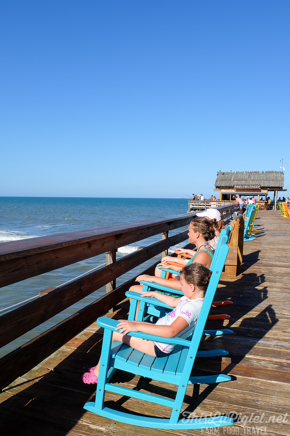 Things to do at Cocoa Beach on Florida's Space Coast - Cocoa Beach Pier via @thislilpiglet