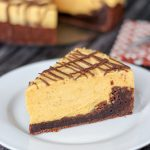 Brownie Pumpkin Cheesecake {No-Bake}