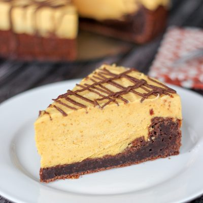 Brownie Pumpkin Cheesecake {No-Bake}