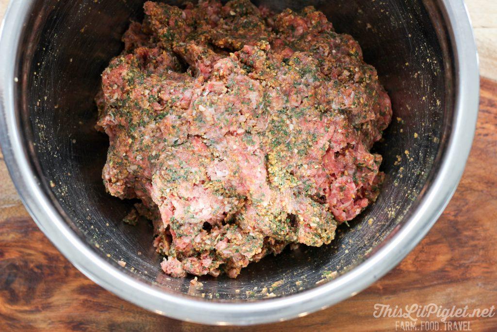 Sweet Chili Meatballs Filling // thislilpiglet.net