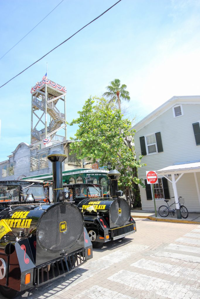 Key West Florida: What to Do - Conch Tour Train // thislilpiglet.net