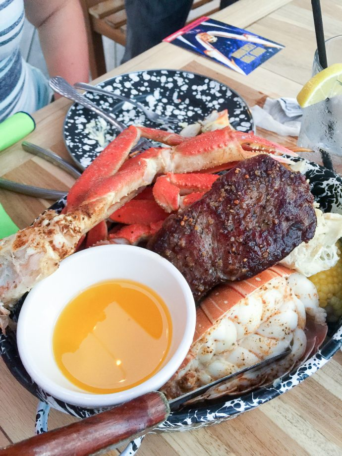 Key West Florida: Where to Eat - The Stoned Crab Restaurant Seafood Platter // thislilpiglet.net