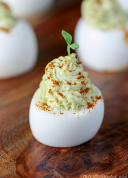 Avocado Devilled Eggs // thislilpiglet.net