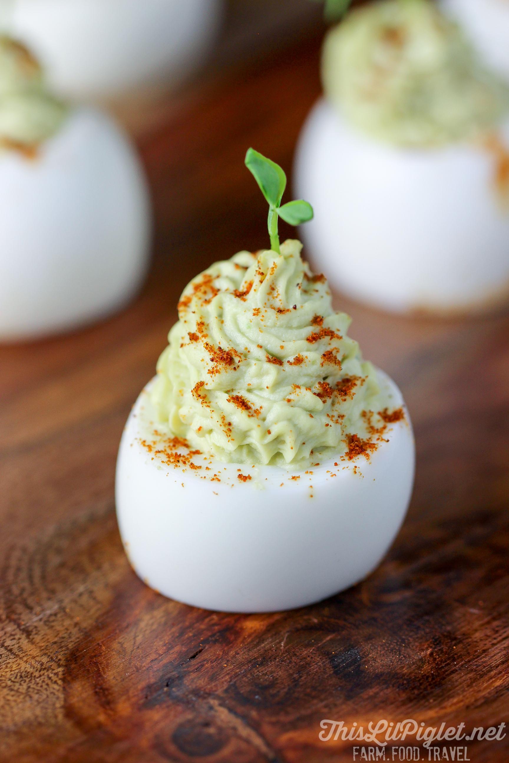 Avocado Devilled Eggs // thislilpiglet.net