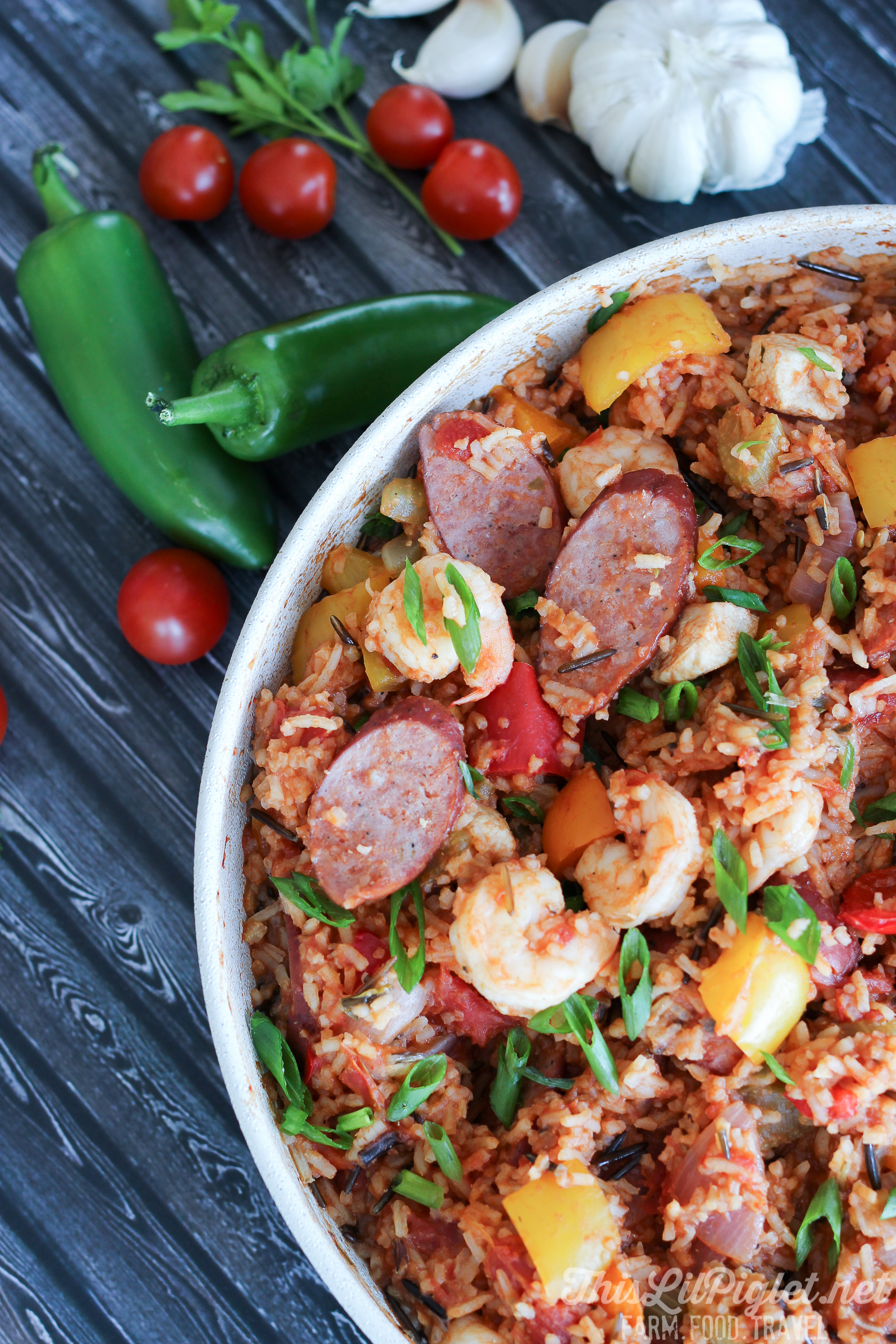 Jambalaya One Pot Meals with Chicken, Sausage, Shrimp and Wild Rice // via thislilpiglet.net