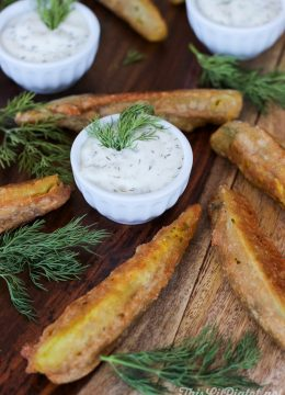 Deep Fried Pickles with Dill Dip // thislilpiglet.net