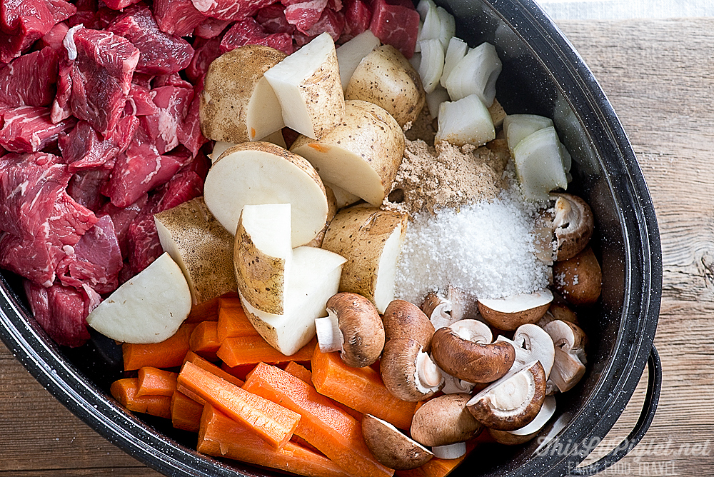 Comfort Food Recipes: Beef Stew Ingredients // thislilpiglet.net