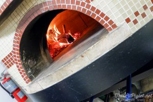Winter Travel Bucket List: Where to Eat - Rustica Pizza Vino Wood-Fired Pizza // thislilpiglet.net