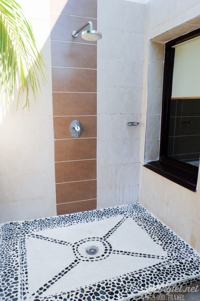 Cuba Couples Travel: Melia Buenavista Hotel Junior Suite Outdoor Shower // thislilpiglet.net