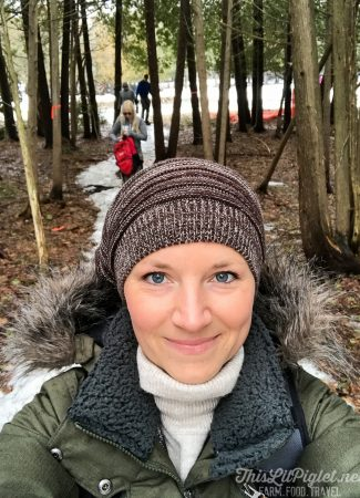 Girlfriend Getaways in Ontario's Lake Country - Snowshoeing // thislilpiglet.net