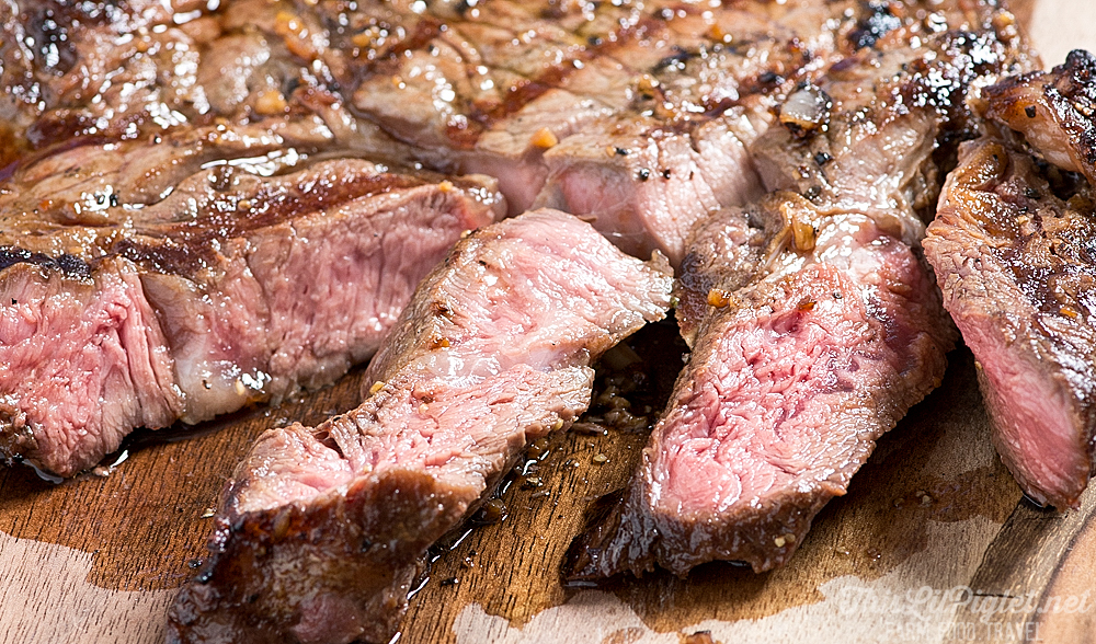Tender and Delicious Grilled Marinated Steak Sliced // thislilpiglet.net