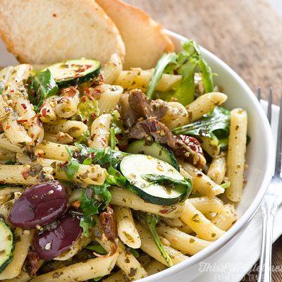 20 Minute Pasta Primavera with Pesto