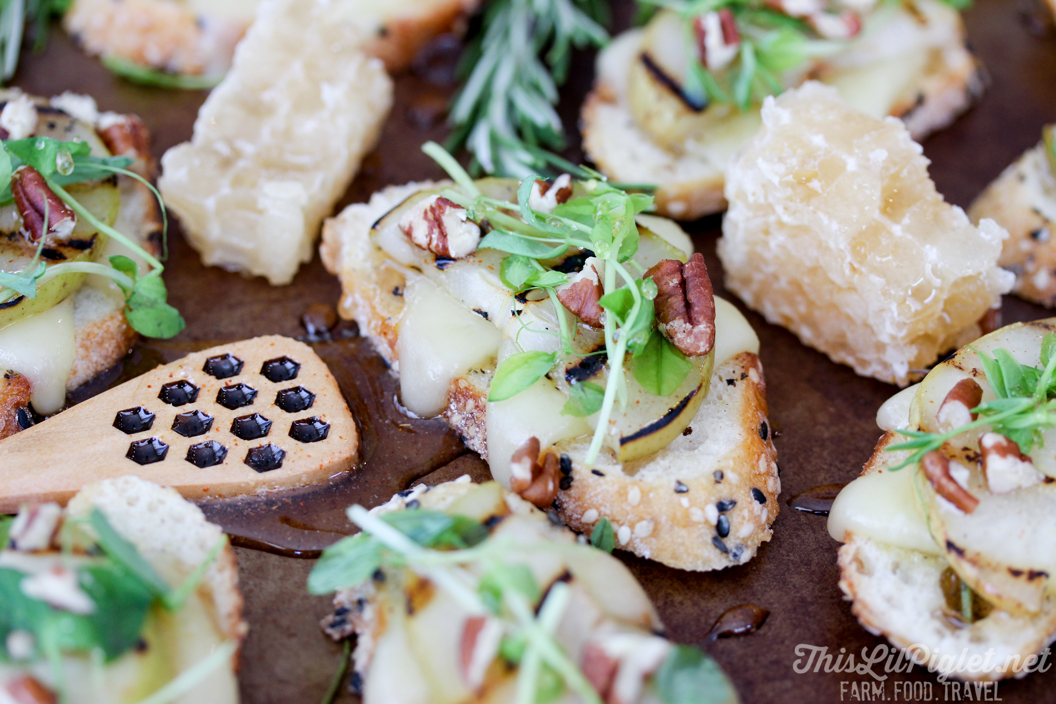 Grilled Pear Crostini with Cheese Honey Pecan and Balsamic Drizzle // thislilpiglet.net