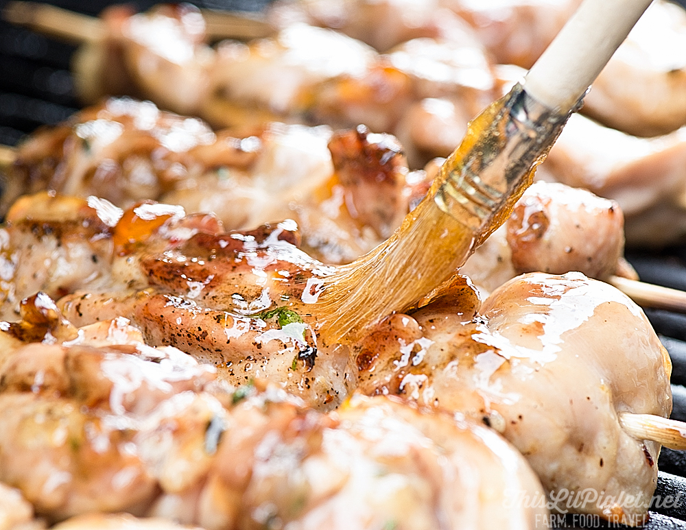 Grilled Chicken Kabobs with Thyme and Peach Glaze - Glazing // thislilpiglet.net