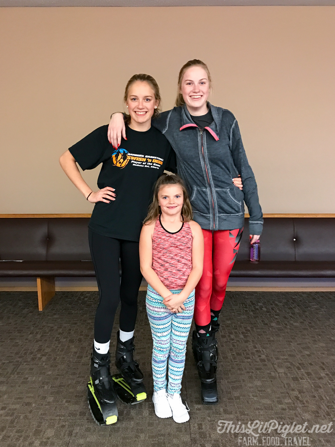 10 Ways to Stay a Healthy Active Family Over the Holidays: Take a Kangoo Class // thislilpiglet.net