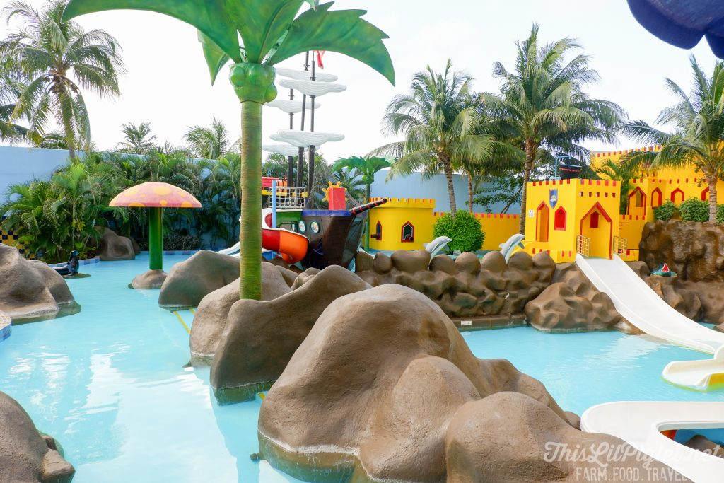 Family Vacations for All Ages at Cancun Paradise Club Resort: Things to Do - Kids Club Water Park // thislilpiglet.net