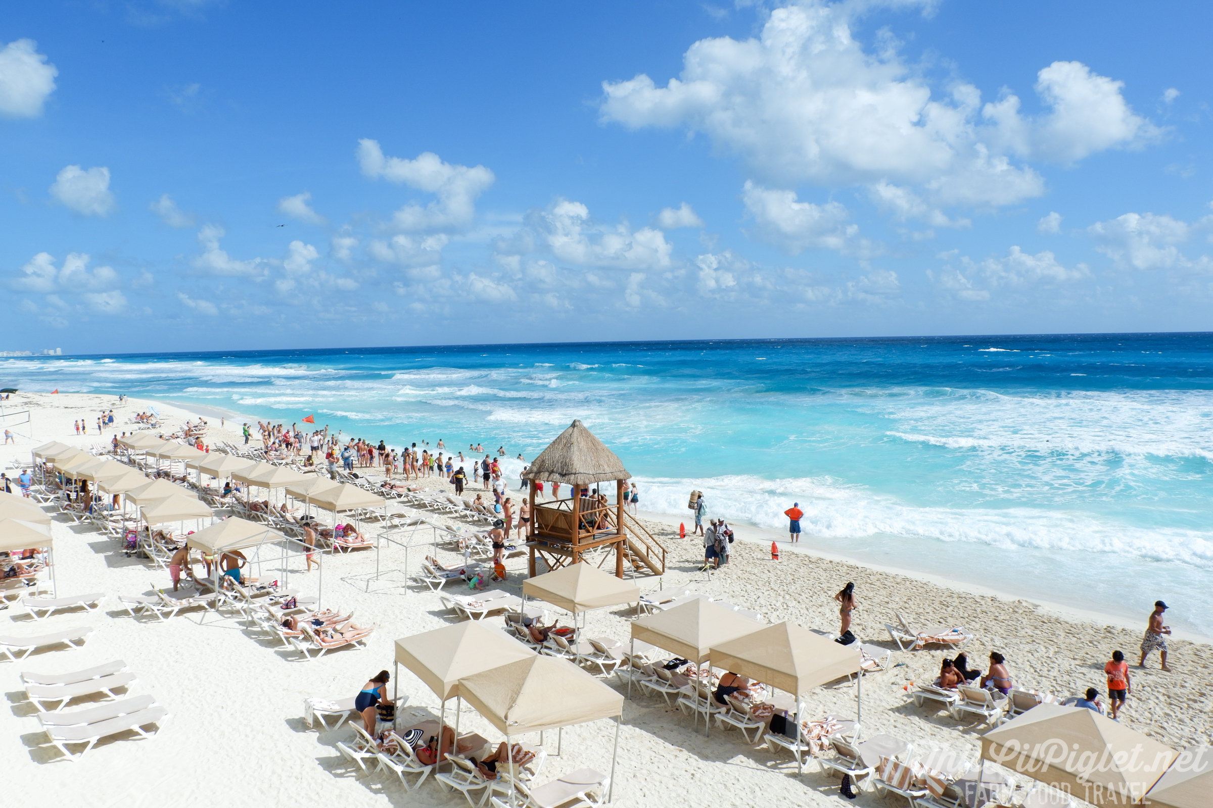 Family Vacations for All Ages at Cancun Paradise Club Resort: Things to Do - White Sand Beach and Turquoise Blue Water // thislilpiglet.net