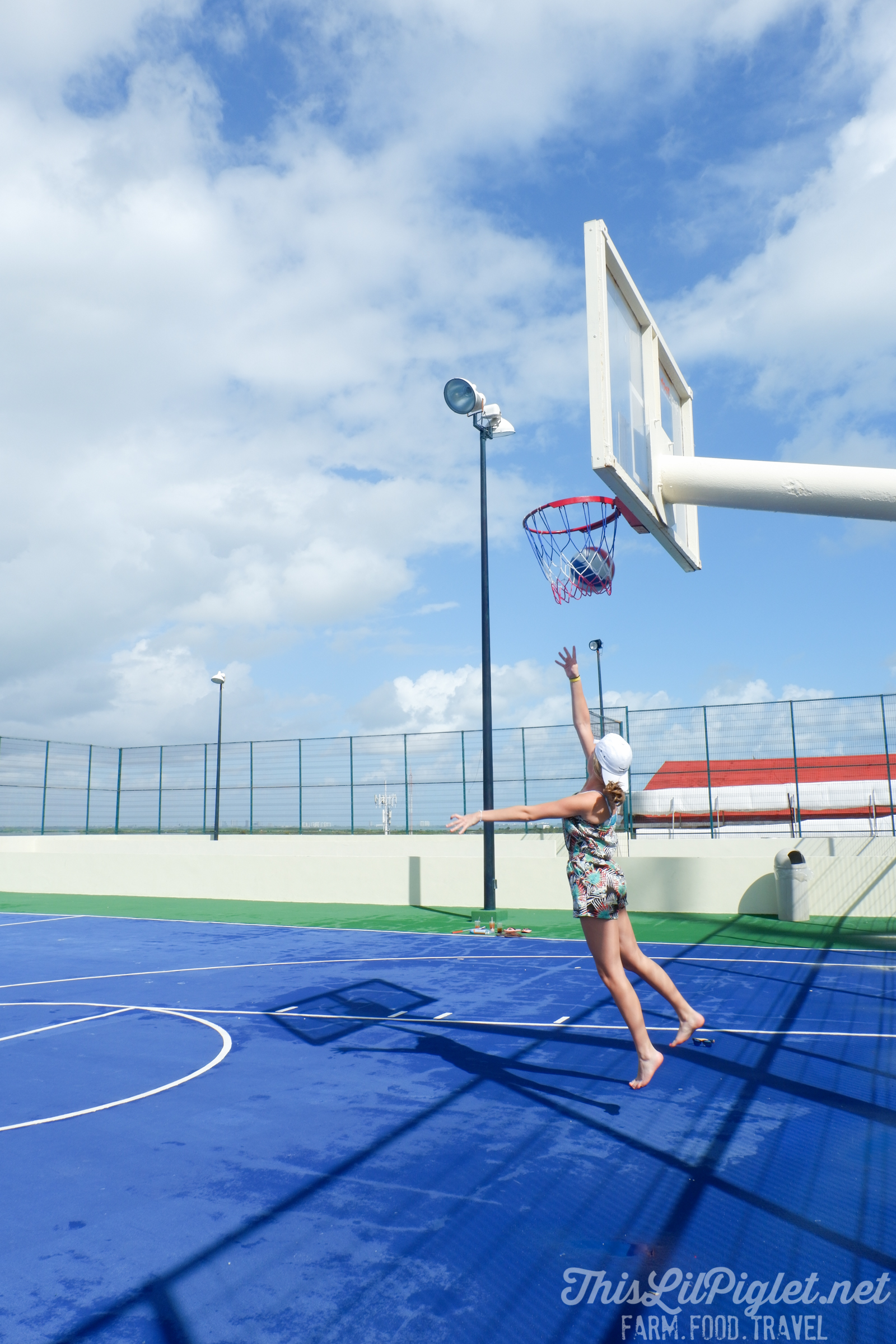 Family Vacations for All Ages at Cancun Paradise Club Resort: Things to Do - Basketball, Soccer; Tennis // thislilpiglet.net