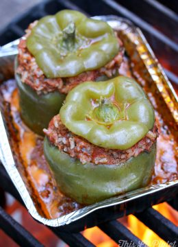 Campfire Stuffed Peppers // thislilpiglet.net