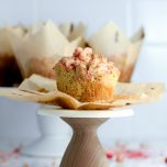 Strawberry Streusel Muffins // thislilpiglet.net