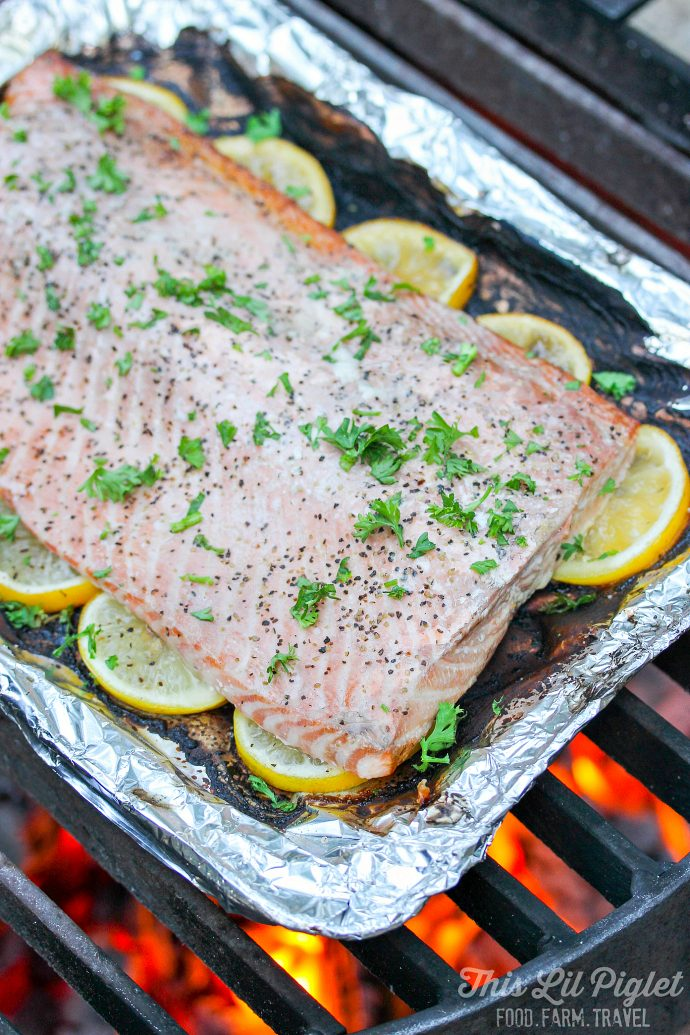 Grilled Lemon Pepper Campfire Salmon // thislilpiglet.net