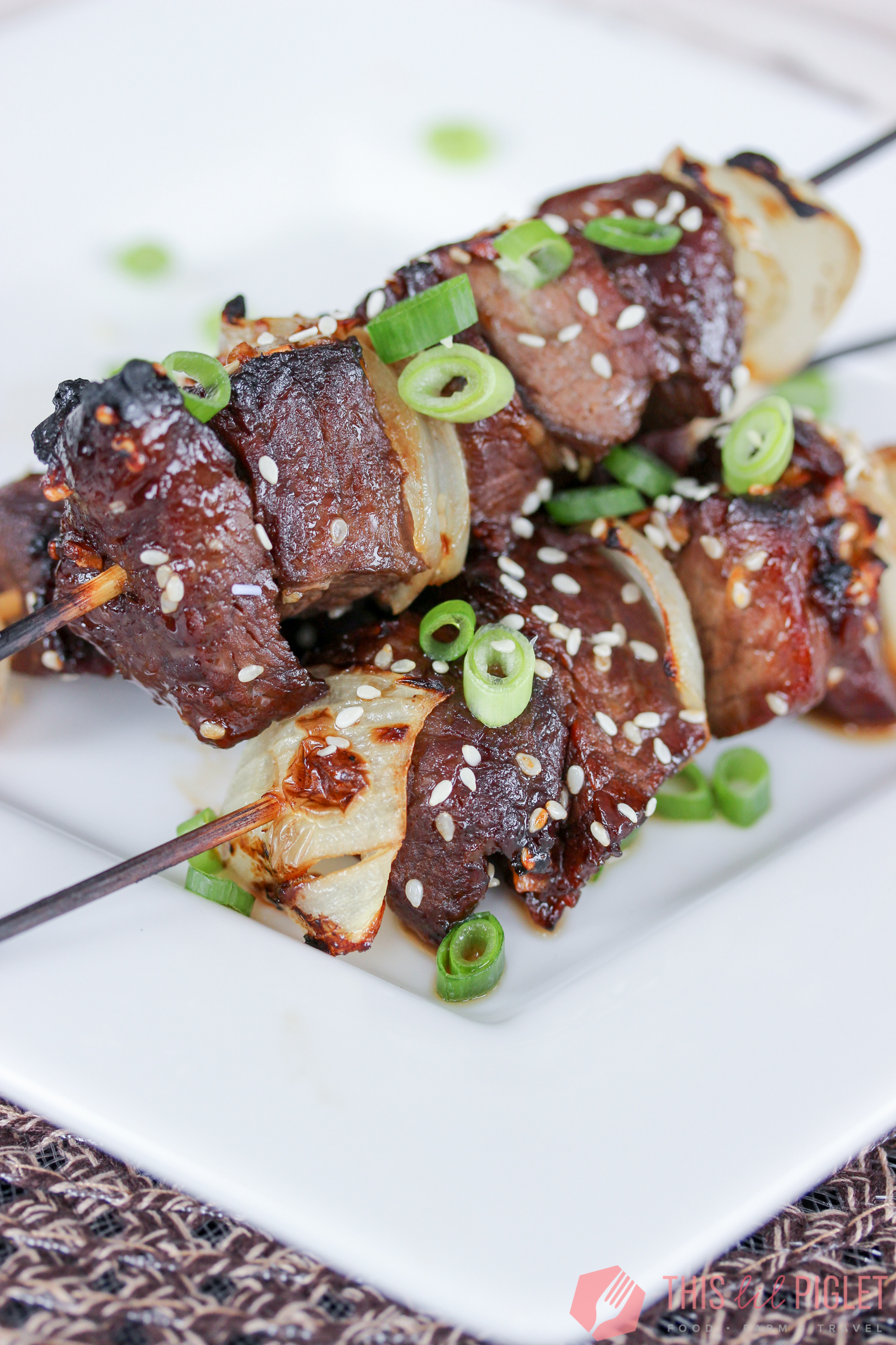 Asian Steak Skewers Appetizers // thislilpiglet.net
