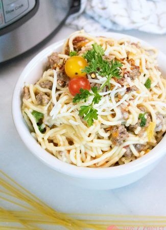 Instant Pot Beef Pasta with Heirloom Tomatoes // thislilpiglet.net