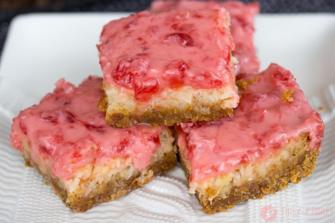 Christmas Baking: Iced Cherry Squares // thislilpiglet.net